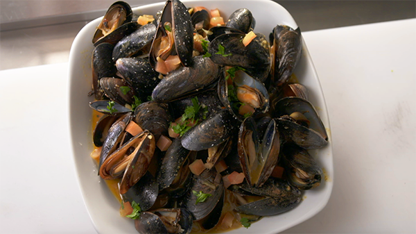 the curry mussels
