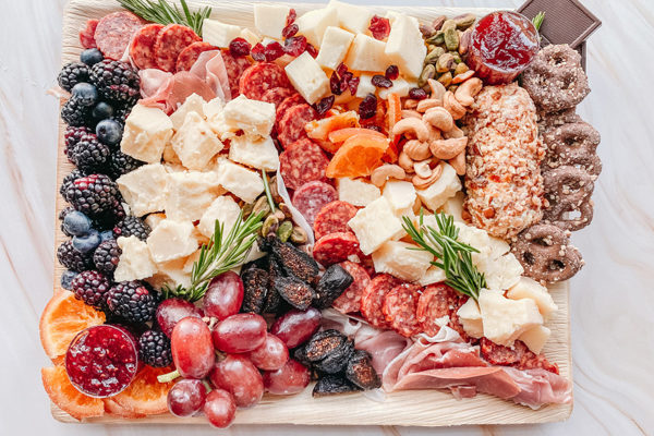 The Charcuterie Chick - Charcuterie Board | Photo: atlcharcuteriechick.com